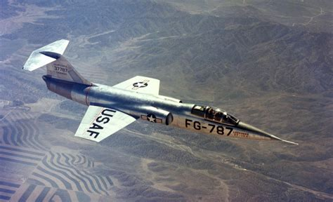 5 October 1954 - This Day in Aviation