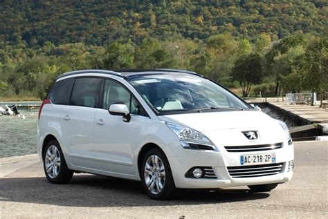 volume coffre s max 7 places peugeot 5008 7 places volume coffre