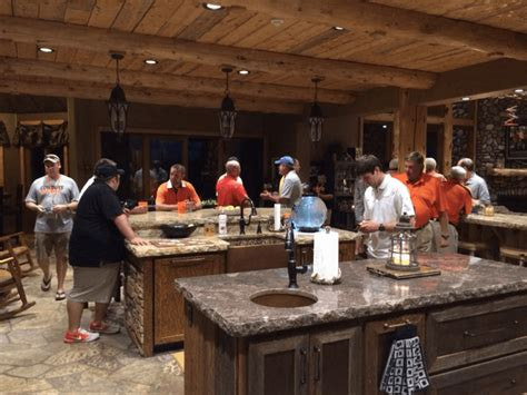 Here's a Look Inside Mike Gundy's $1.8 Million Home ...