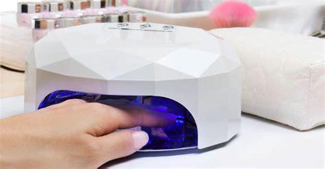 УФ лампа для ногтей как пользоваться ультрафиолетовой для сушки гельлака опасна и вредна ли для маникюра как сушить