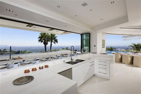 Beyonce And Jay Z Home Interior : Astonishing Beverly Hills Mansion With Incomparable Glamour