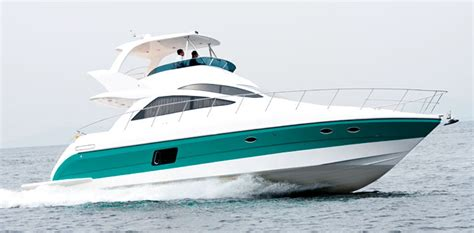 Fiberglass Fixes For Boats  Marine Service Technology