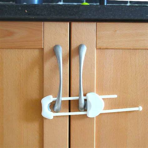 Baby Proofing Cupboards by Press Lock For Handles Big Savings Babasafe Ireland