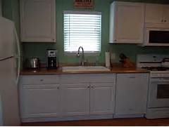 Mobile Home Kitchen Cabinets by 16 Great Decorating Ideas For Mobile Homes