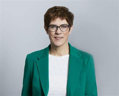 But on the eve of u.s. Rücktritt von Annegret Kramp-Karrenbauer | Bündnis 90/DIE ...