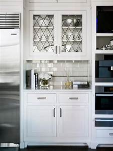 Photo page hgtv for Kitchen cabinet doors with glass