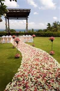 outdoor wedding aisle decor memorable wedding wedding ceremony aisle decorations