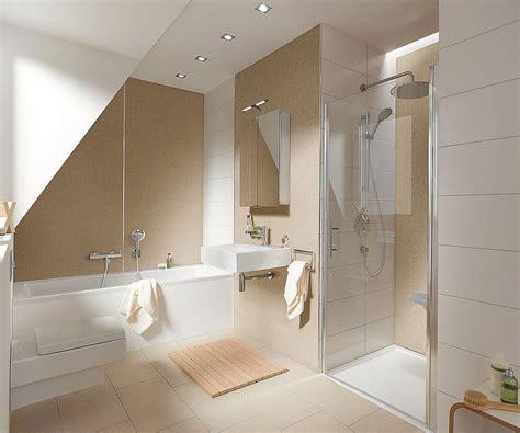 Kleines Badezimmer Mit Dachschräge Fliesen besondere b 228 der dachschr 228 schlauchb 228 der