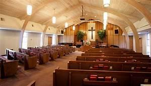 Church-pews-wooden2