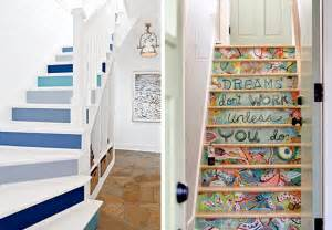 Papier Peint Escalier Bois by 20 Amazing Makeover Ideas For The Stairs Bnbstaging Le Blog