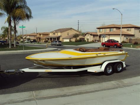 Hallett Boats For Sale In California by Hallett Powerboat For Sale In California