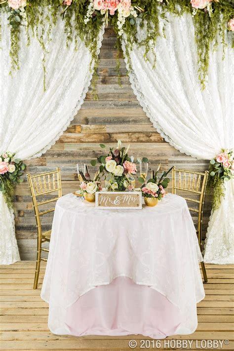Best 25 Sweetheart Table Backdrop Ideas On Pinterest