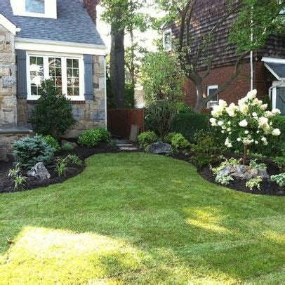 traditional landscape front yard landscaping design ideas pictures remodel  decor gardens