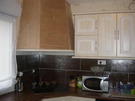 demonter une hotte de cuisine une hotte de cuisine maison design modanes com