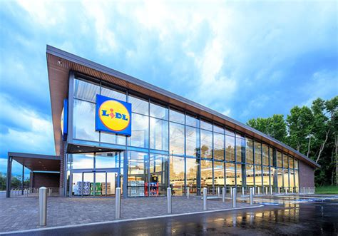 Lidl Launches In The Us With #rethinkgrocery Message