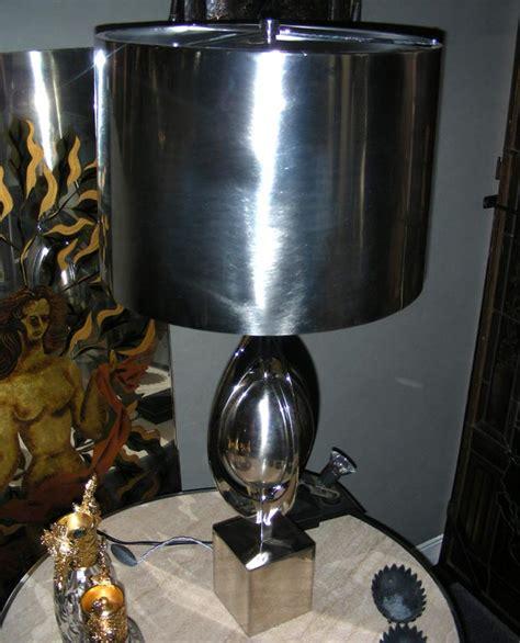 lampe de table modele ogive par la maison charles