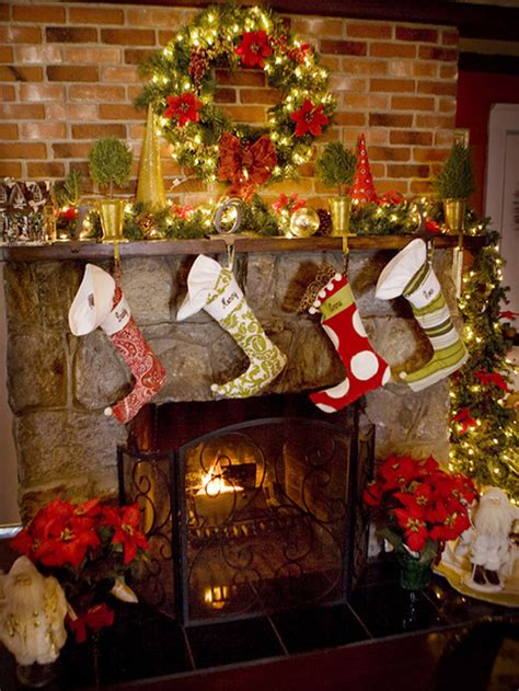 christmas mantel images 27 inspiring christmas fireplace mantel decoration ideas
