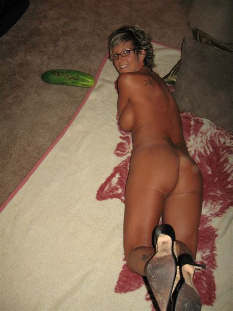 0007 7 In Gallery Horny Brown Tanned Milf Flashing