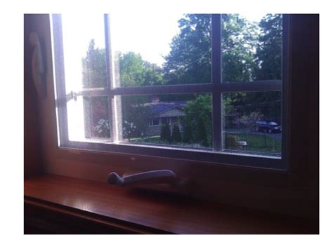 crank  casement window  lip screenman mobile screening service