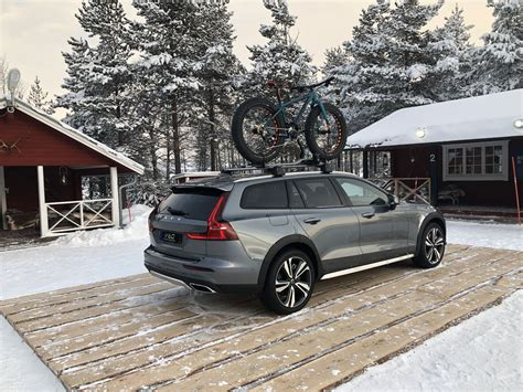 volvo  cross country  drive review  good