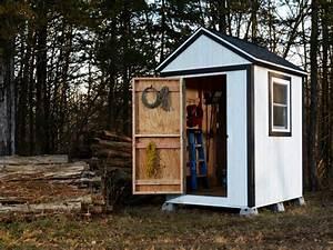 35 garden shed plans for storing gardening tools outdoor for Affordable garden sheds
