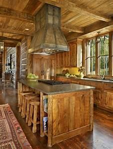 Maison rustique entièrement en bois au Montana – États