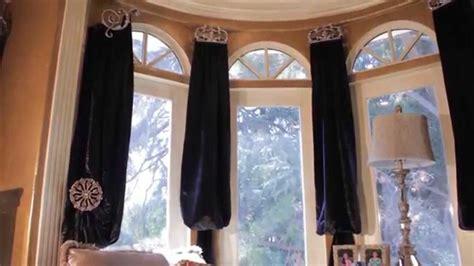 curtains  bay windows bishop valance swags panels