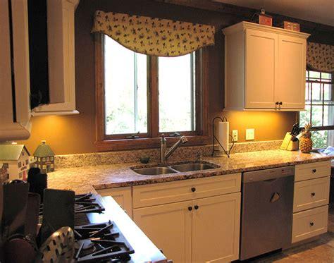 vintage village craftsman kitchen  bath cabinetry portfolio