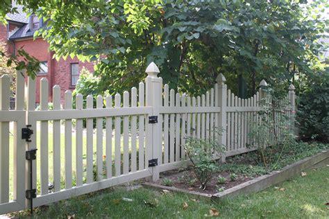 Scalloped Style, Good Neighbor