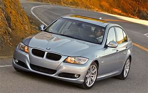 Bmw Serie 3 2011 : thread of the day first impressions 2011 bmw 3 series vs 2012 bmw 3 series ~ Gottalentnigeria.com Avis de Voitures