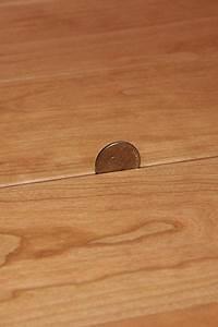 Hardwood floor gaps cracks why how to fix for How to fix gaps in hardwood floors