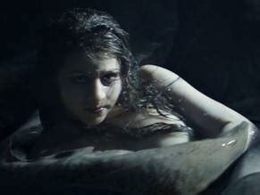 Hermione Corfield  nackt