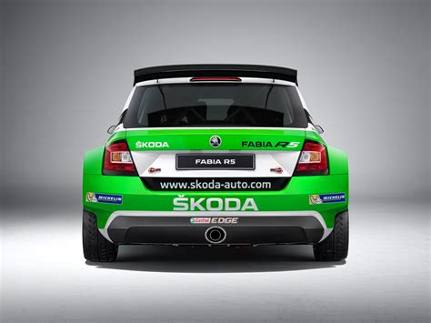skoda fabia  shows  competition colors wvideo