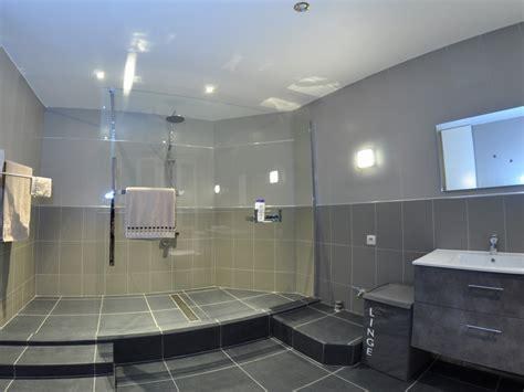 incroyable modele de salle de bain avec a l italienne 6 appartement de luxe avec spa