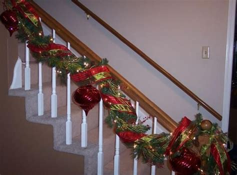 How To Decorate Banister With Garland by Southern Fried Gal Garland Staircase Banister