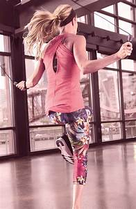 17 Best images about Carrie Underwood workout clothes on ...