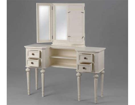 meuble blanc pour la chambre ou coiffeuse blanche ou