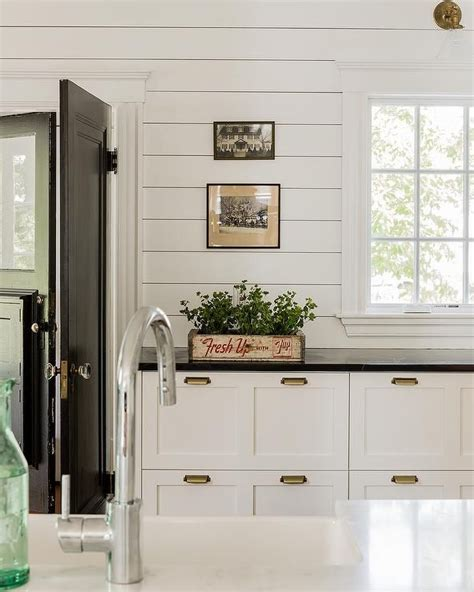 Kitchens With Shiplap Walls by What We Re Loving Now Shiplap Walls In Kitchen