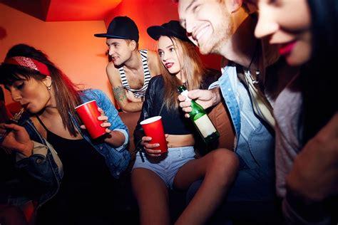 teens drink teen alcohol addiction