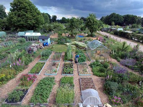 tuin smakelijk tuin smakelijk permacultuur eetbare tuin tuinontwerp