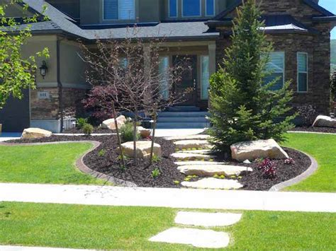 best small trees for front yard front yard landscaping 13 amazing ideas for small front yards