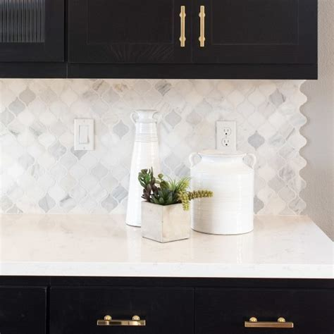 Kitchen Backsplash Tile: How to Pick the Perfect Pattern
