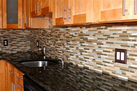 glass tile kitchen backsplash pictures 25 glass tile backsplash design pictures for kitchen 2018 6860