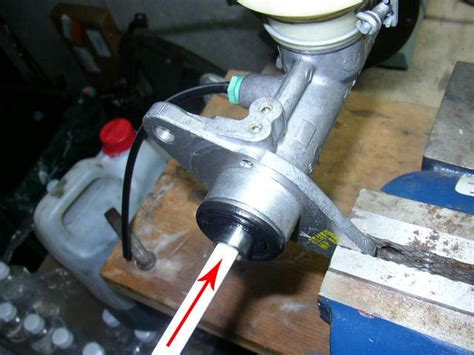 bench bleed master cylinder how to bench bleed your master cylinder