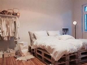 Matratze Bodyguard 140x200 : palettenbett diy matratze auf paletten gut matratze 140x200 ~ Eleganceandgraceweddings.com Haus und Dekorationen
