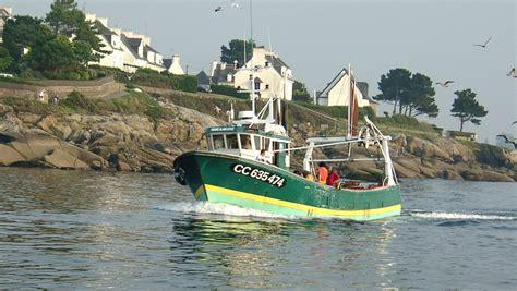 la chambre de commerce et d industrie le port de pêche concarneau ville bleue