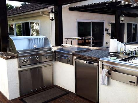 stainless steel outdoor kitchen cabinets 25 fresh stainless steel ideas for your kitchen 8288