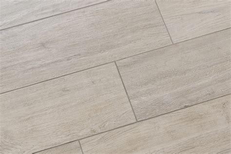 carrelage imitation parquet gris mo 1003 30x120