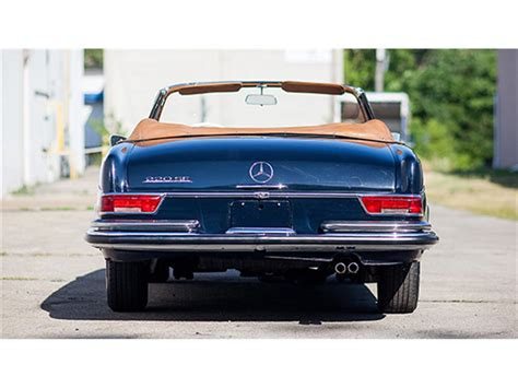 The original idea was suggested by american importer max hoffman. 1964 Mercedes-Benz 220SE Cabriolet for Sale | ClassicCars ...