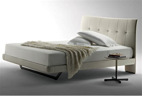 Poltrona Letto Groupon : Aurora Due Bed By Poltrona Frau